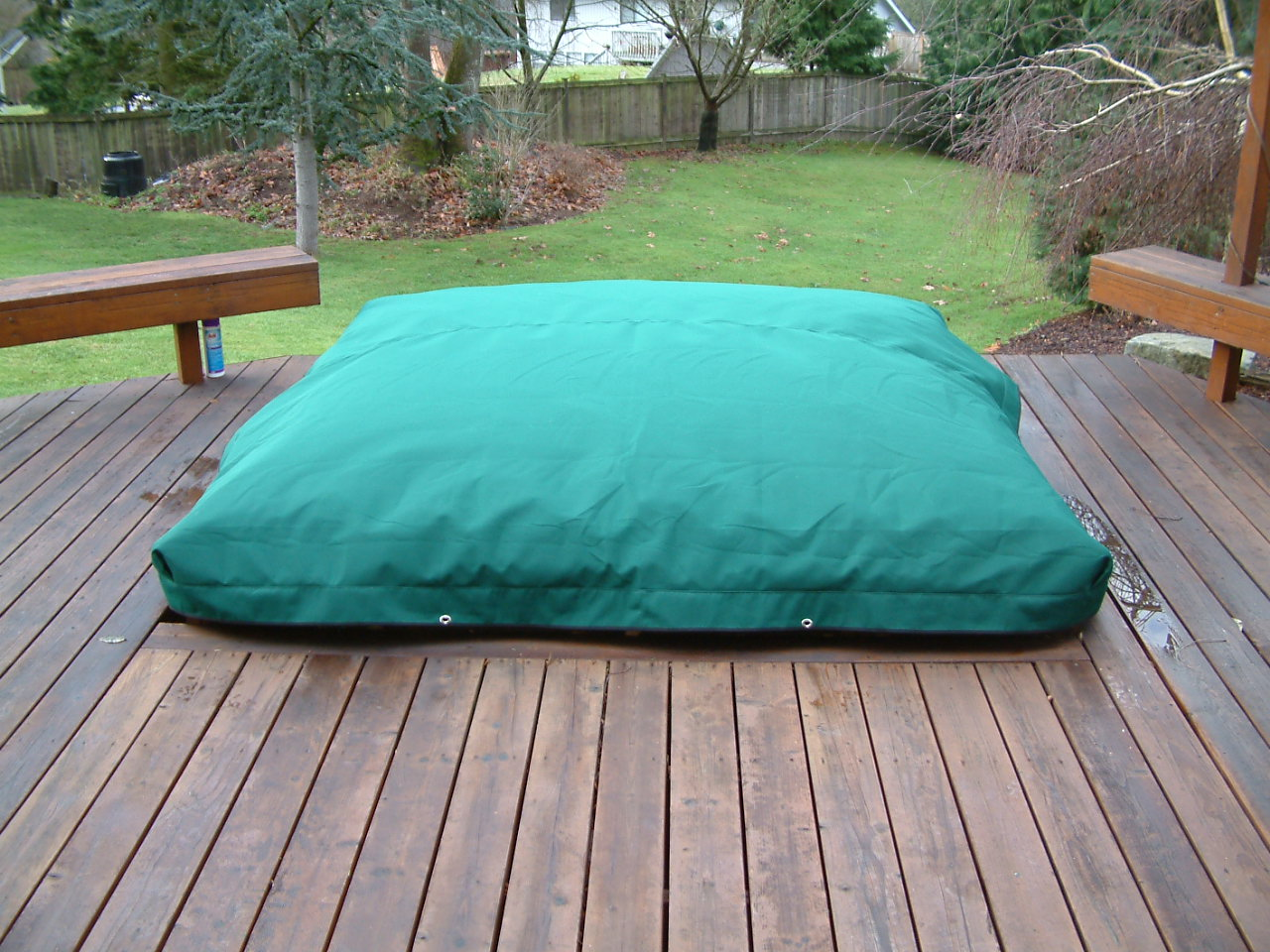 SpaCap Swim Spa Covers can be green