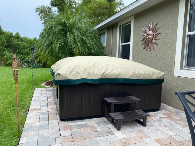 Lightweight Swim Spa Covers With green skirt