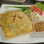 Pad Thai...wrapped in an omlette!