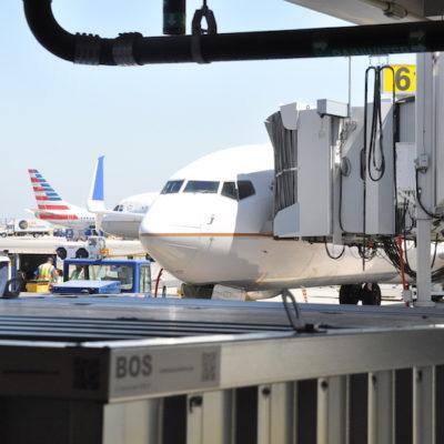UA at SFO with airplane 1.