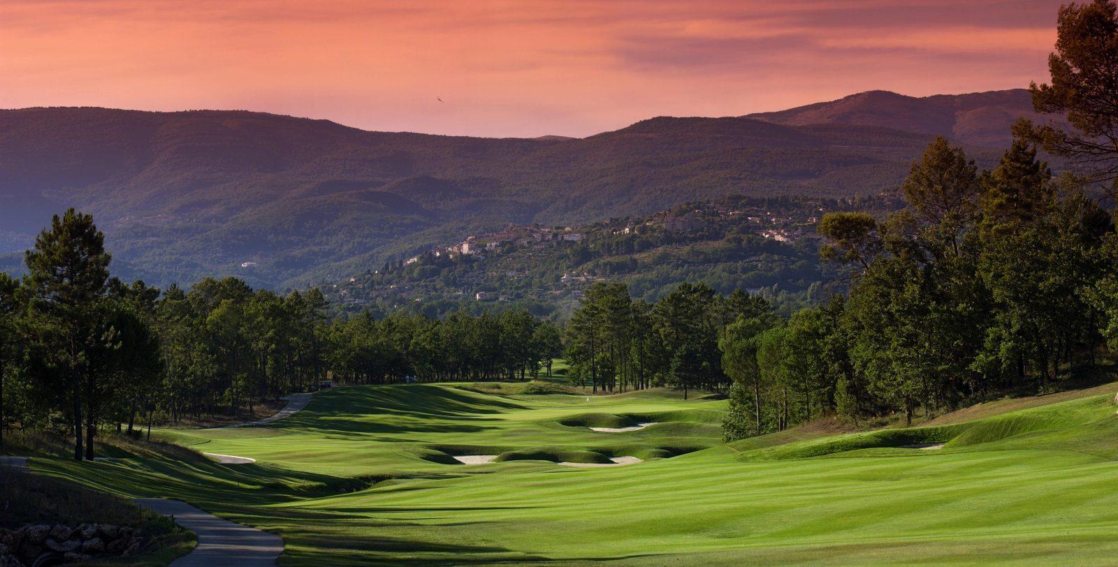 French Rivera Golf-Chateau-Trou-Terre-Blanche-France-Golf