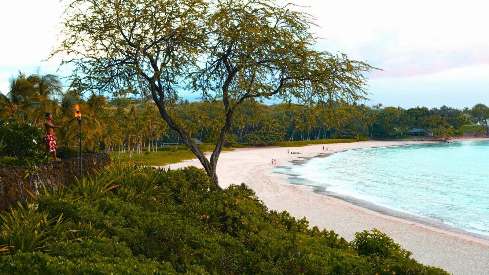 Mauna Kea golf resort-Hawaii