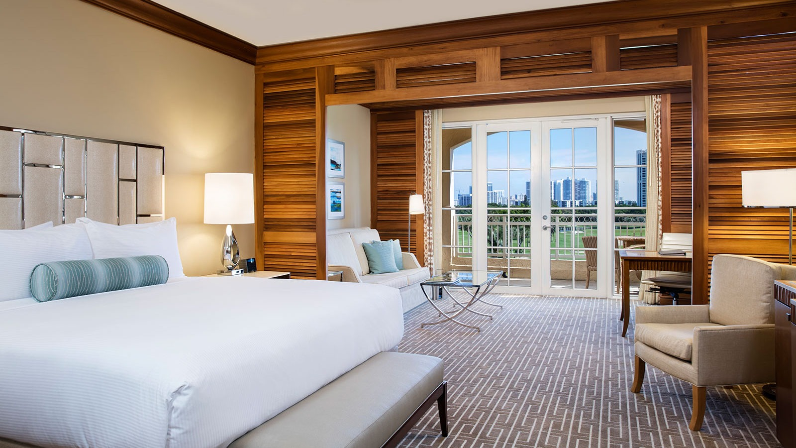 Turnberry Isle Miami golf-resort2