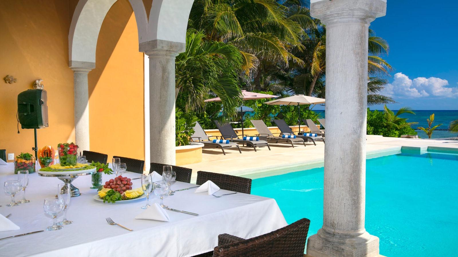 Rivera Maya Private Villa 2-table and pool view