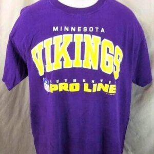 Vintage 1995 Minnesota Vikings Pro Line (XL) Retro NFL Football Graphic T-Shirt (Front)