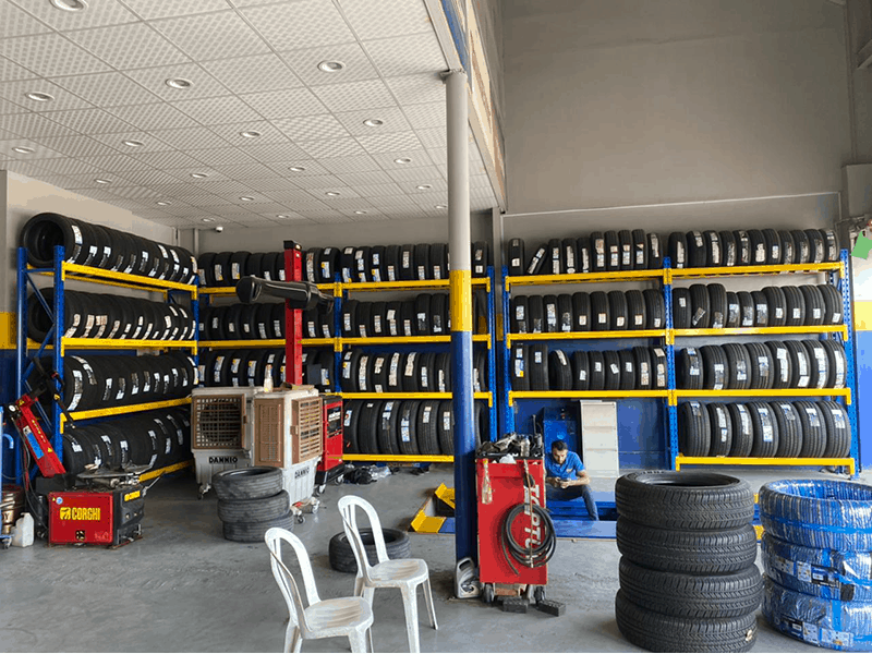 Tyre racking system