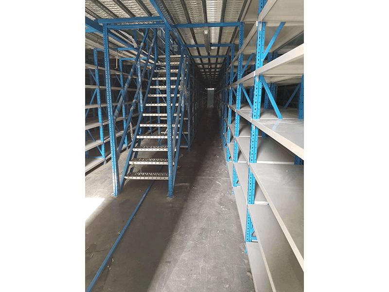 Bolt free shelving system supplier in UAE