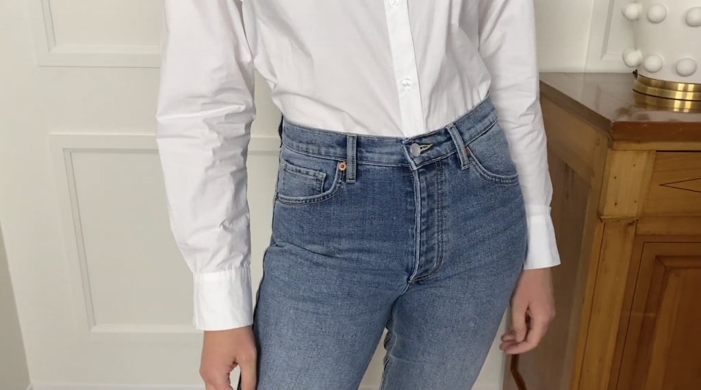 how to tuck a button up