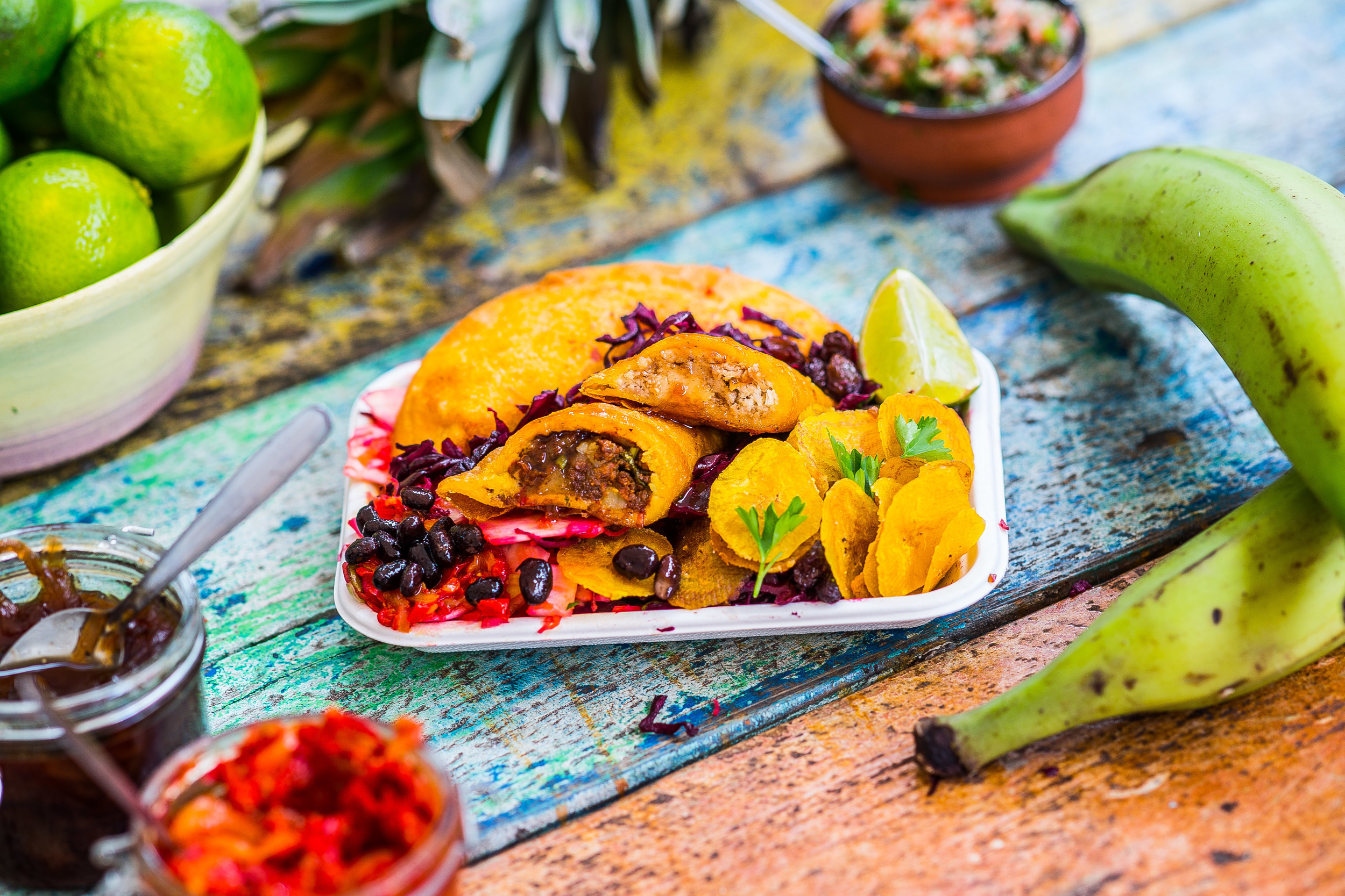 EMPANADAS – THE PINNACLE OF COLOMBIAN SNACKING