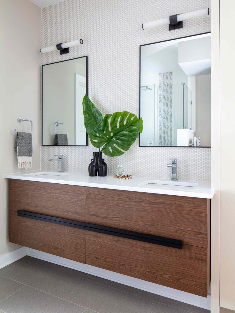 before-after-modern-bathroom-renovation