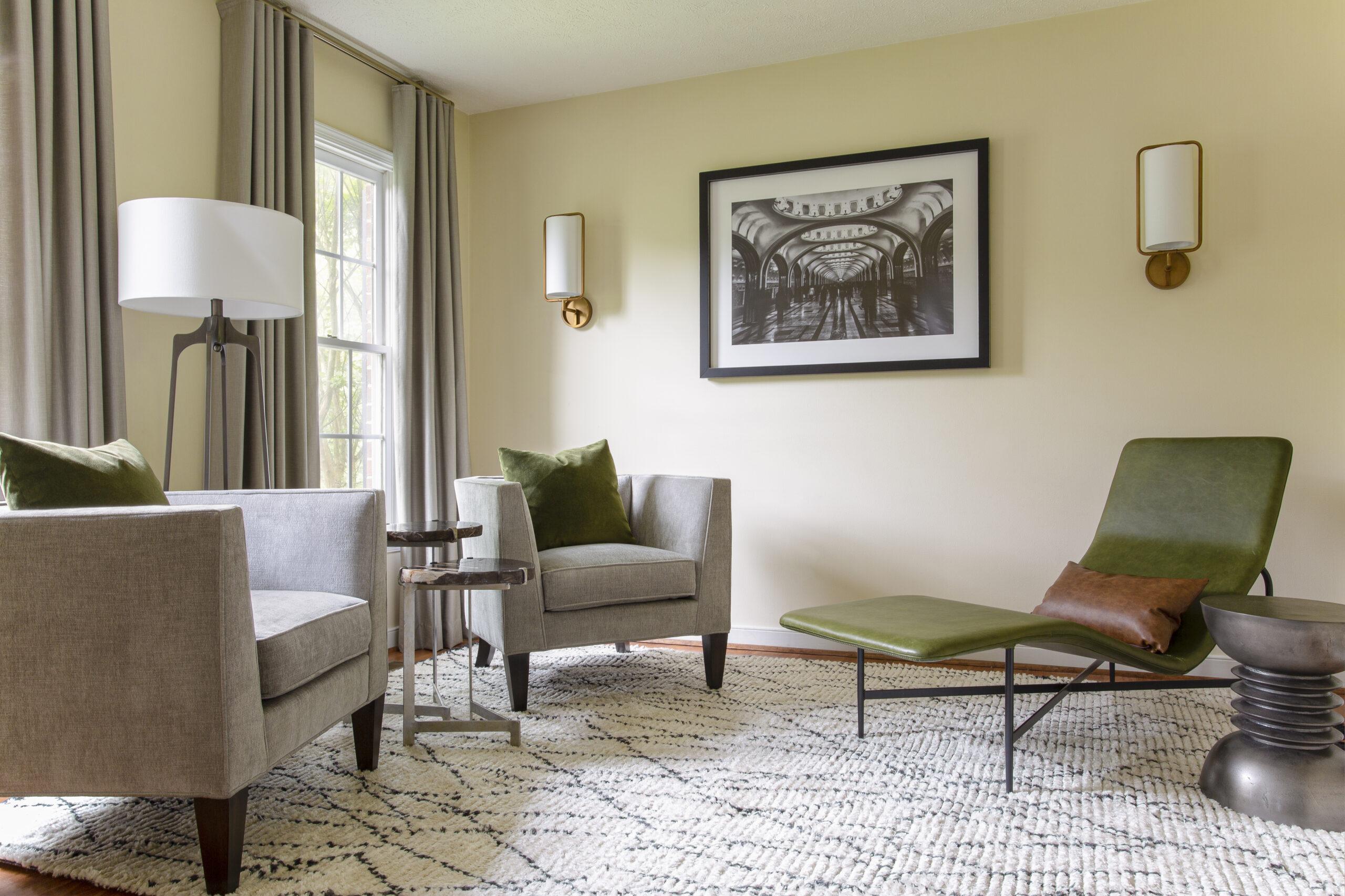kid-friendly-family-room-decor