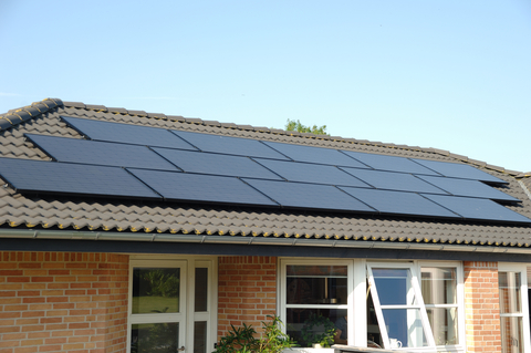 solar-panels-38661526