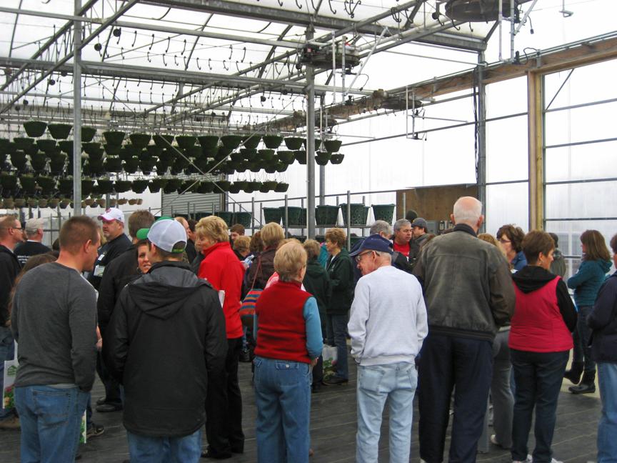Kokomo Indiana HGTV Flower Display Volunteers at Country Raisins 4