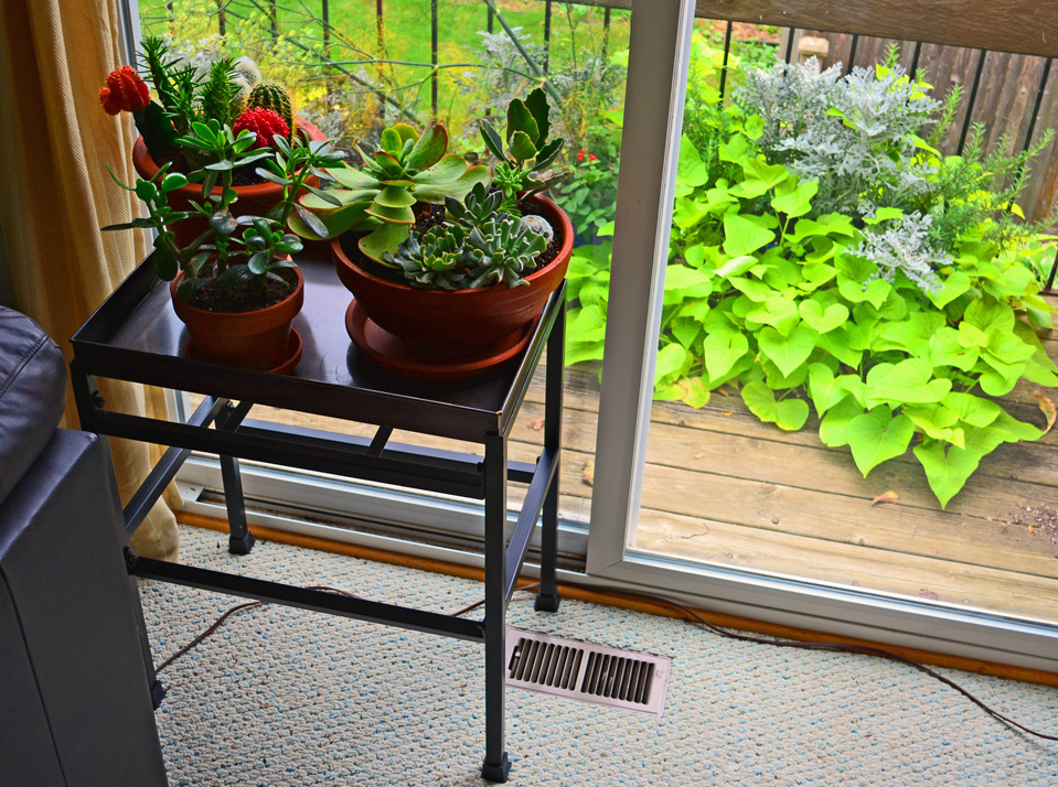 Houseplant Stand Table