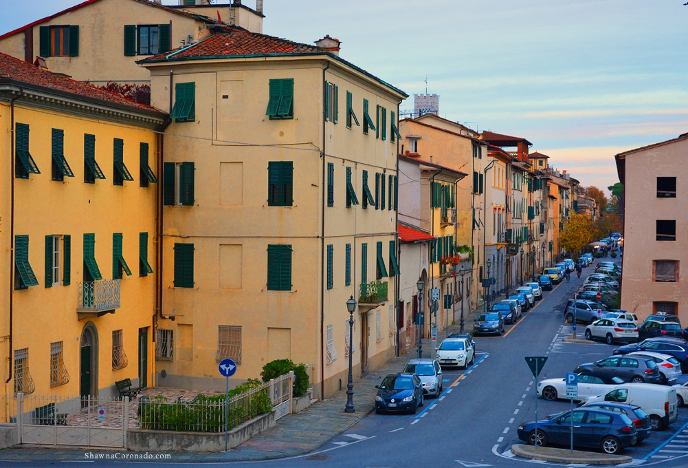 Lucca Italy Streets and Buildings Tour