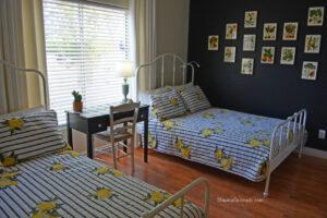 Guest room lemon theme