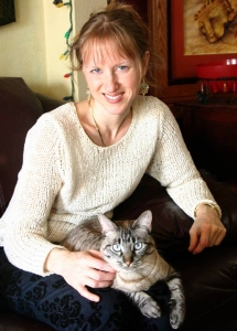 Elise Winters, author of Kaleidoscopes for Violin, with her cat Svetka