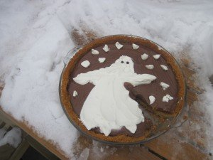 Snow ghost pie after ghost