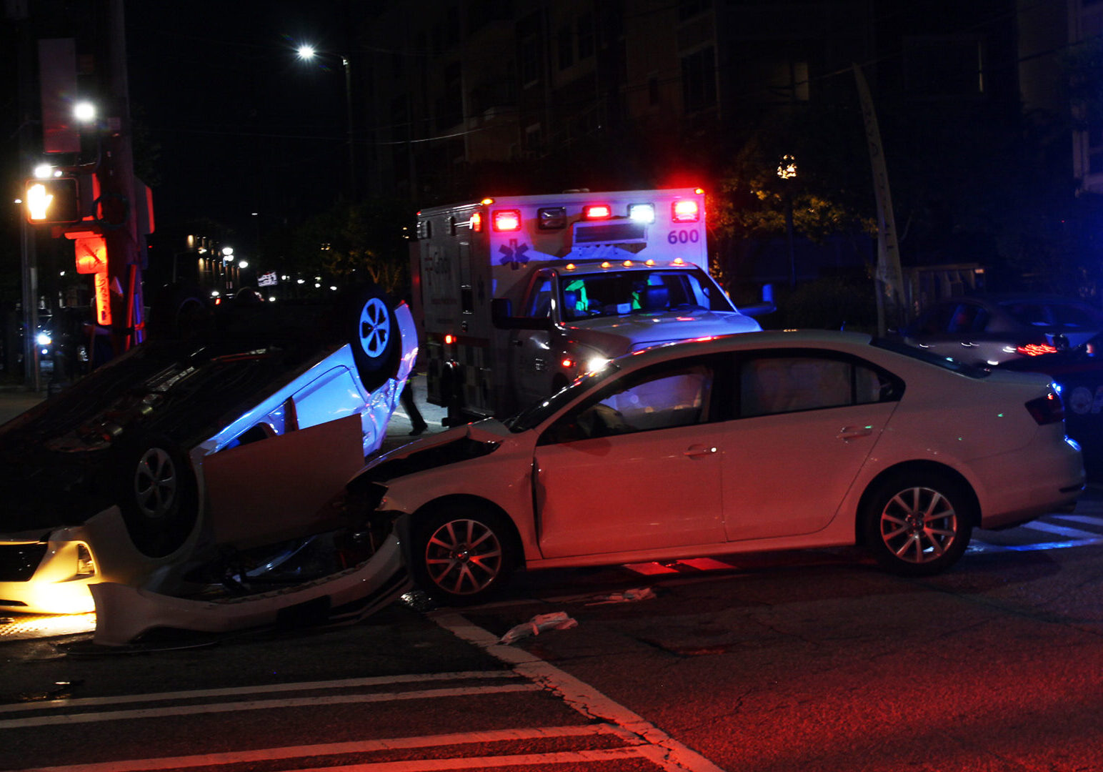 Car,Accident,On,City,Street,In,Atlanta