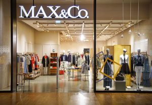 Max&Co Shop in the shopping centre