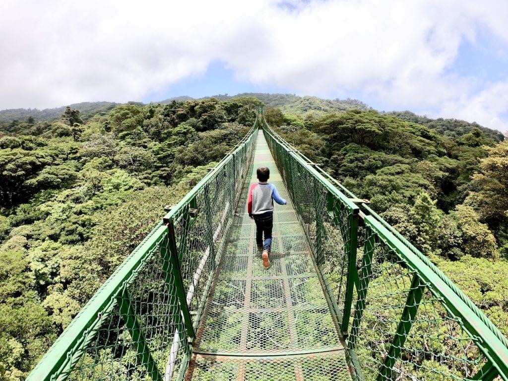 Zip Lining and Hanging Bridges with Kids in Monteverde, Costa Rica | Zip lining with kids | Selvatura Adventure Park | Costa Rica with kids | Suspension bridges | #costarica #costaricawithkids #suspensionbridges #ziplining #zipliningwithkids #costaricazipline