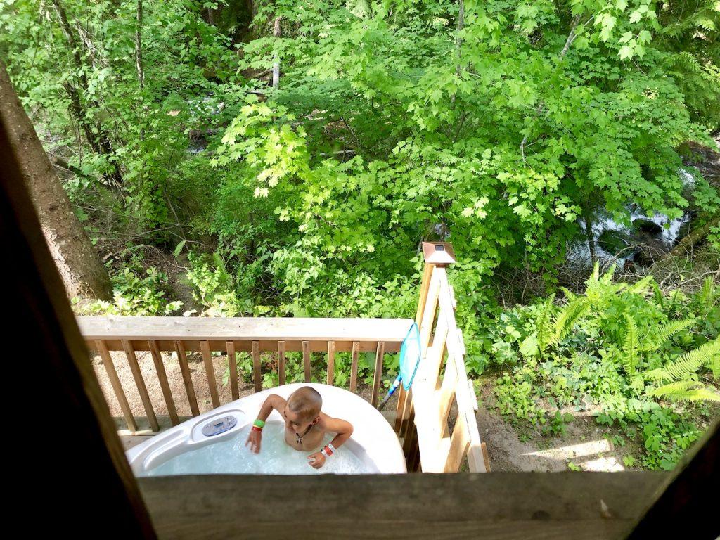 Alta Crystal Resort - Perfect Family Getaway Near Mount Rainier   Family friendly resort in Washington   National Parks   Log Cabin Resort   Crystal Mountain   Mountain resort   #altacrystalresort #mountrainier #WA #familyresort