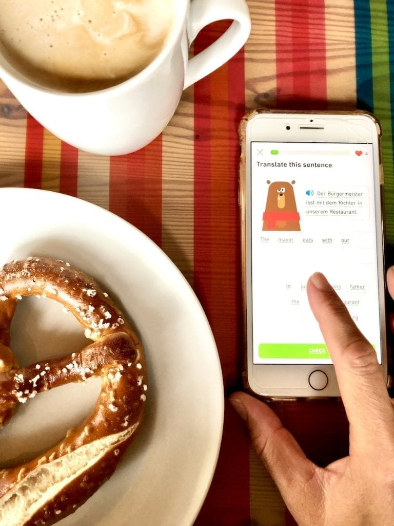 9 Reasons To Use Duolingo To Learn A New Language - The Free Language App | Free app to learn languages | Learn Spanish | Learn French | Learn German | Foreign language app | App for kids | Educational App | Tools to teach foreign language to kids | Fun way to learn new language for adults | #duolingo #MoreTimeToLearn #AtHomeWithDuolingo #bestapps #languageapp #freeapps
