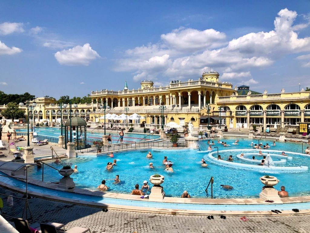 Budapest Thermal Baths With Kids - What To Know Before You Go | Lukacs Bath Budapest | Szechenyi Baths | Budapest baths with kids | Budapest thermal pools | Hungary travel | Visit Budapest | Budapest travel blog | Budapest with kids | #budapest #budapestwithkids #visitbudapest #budapestthermalbaths #szechenyibaths #lukacsbaths #visithungary