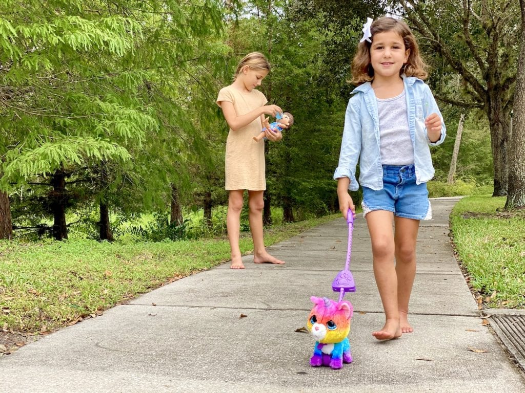 Best unicorn toys for 5 year olds | Unicorn presents 2020 #ad | Walking unicorn toy with leash | Hasbro toys | Best unicorn toys at Walmart | Christmas gifts for girls | #hasbro #christmas #unicorn #unicorntoys #toysforgirls #besttoysforgirls #unicorndolls #walmarttoys #hasbrotoys