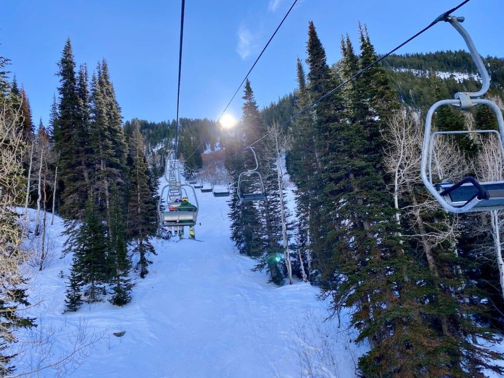 Snowbird Ski Resort - Ideal Family Ski Vacation | Snowbird Utah | Is Snowbird a good resort for families | Where can I ski with my kids in Utah | Family-friendly ski resort in Utah | #snowbird #snowbirdskiresort #snowbirdUT #familyfriendlyskiresort #skiingwithkids #kidswhoski
