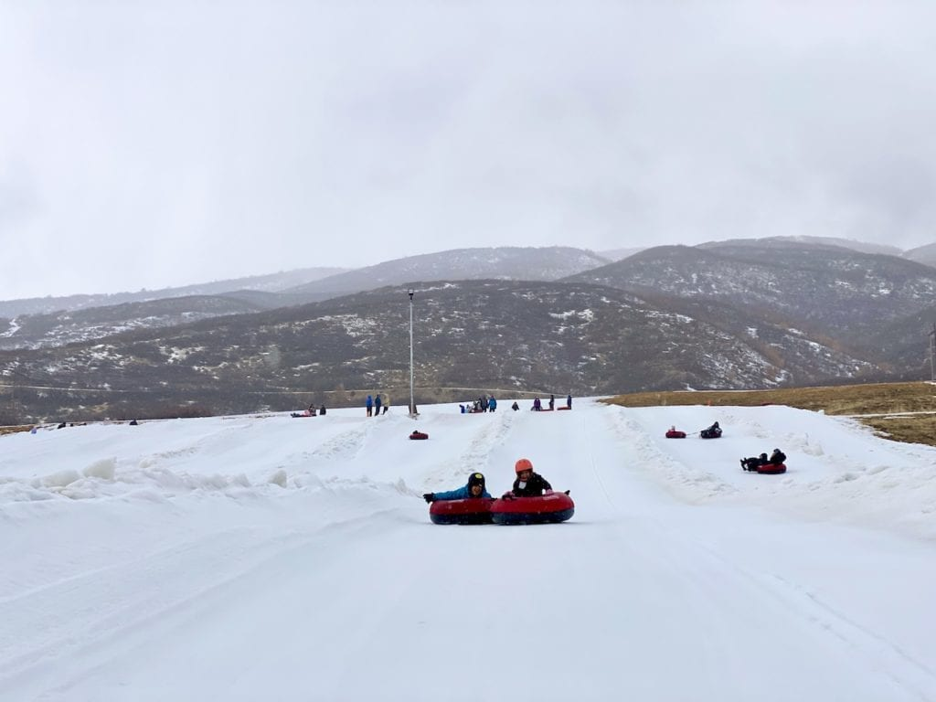 What To Do In Heber City Utah - From Snow Tubing To Ice Castles, 5 Amazing Experiences With Kids | Best Day Trip From Salt Lake City | Day Trip From Park City, UT | Things To Do In Heber Valley | Ice Castles Midway | Soldier Hollow | #hebervalley #visitUtah #snowtubing #soldierhollow #icecastles #homesteadcrater