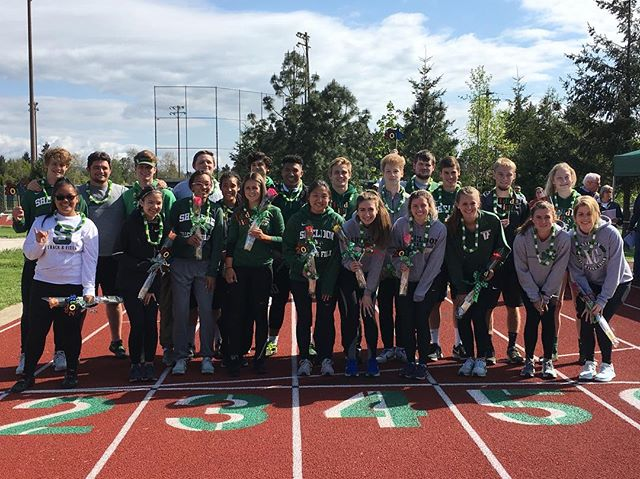 We celebrated our 2018 T & F seniors today at our last home meet of the season! We wish you the best! Go Irish! ☘️