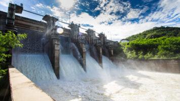 A energia elétrica está mais cara. Saiba o motivo e entenda como o baixo nível nos reservatórios impacta na tarifa