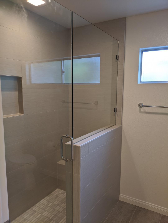 Leadbetterbathroomshower3