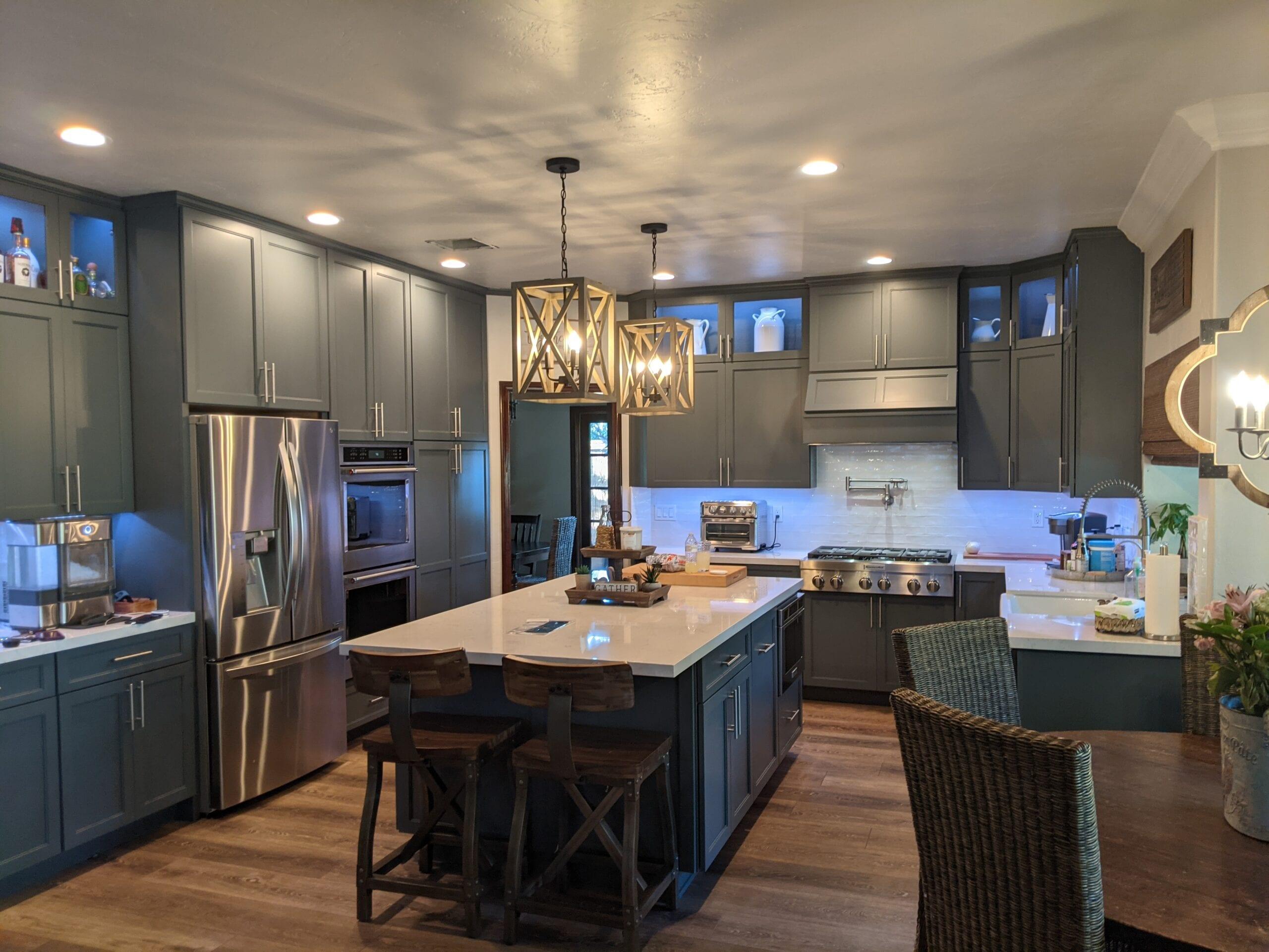 Reagan full kitchen1