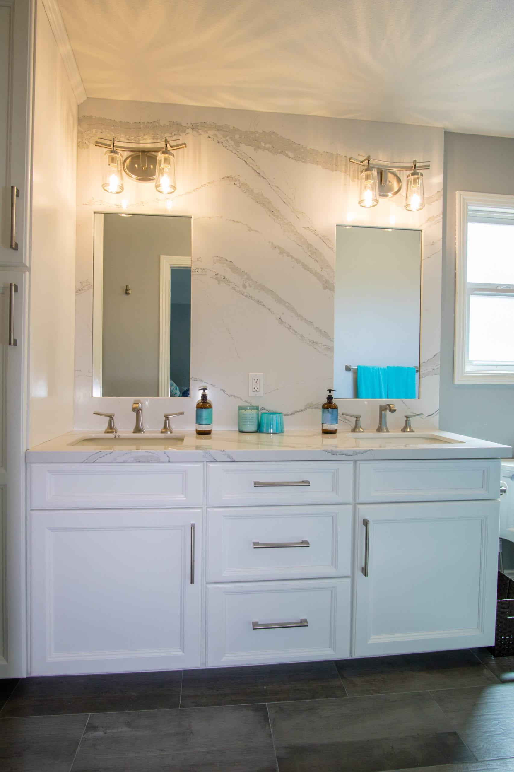 Saunders Masterbath vanity