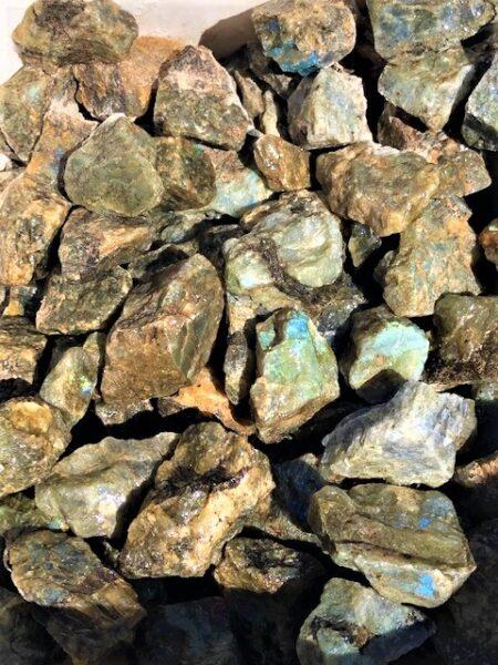 Labradorite Rough