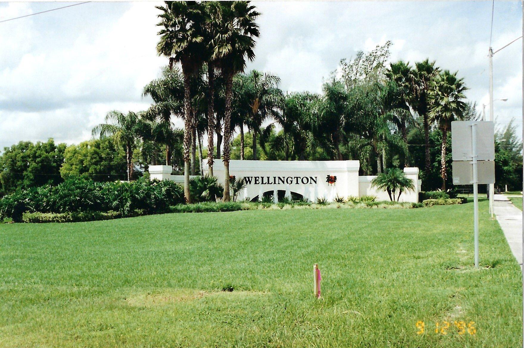 Wellington Village Sign