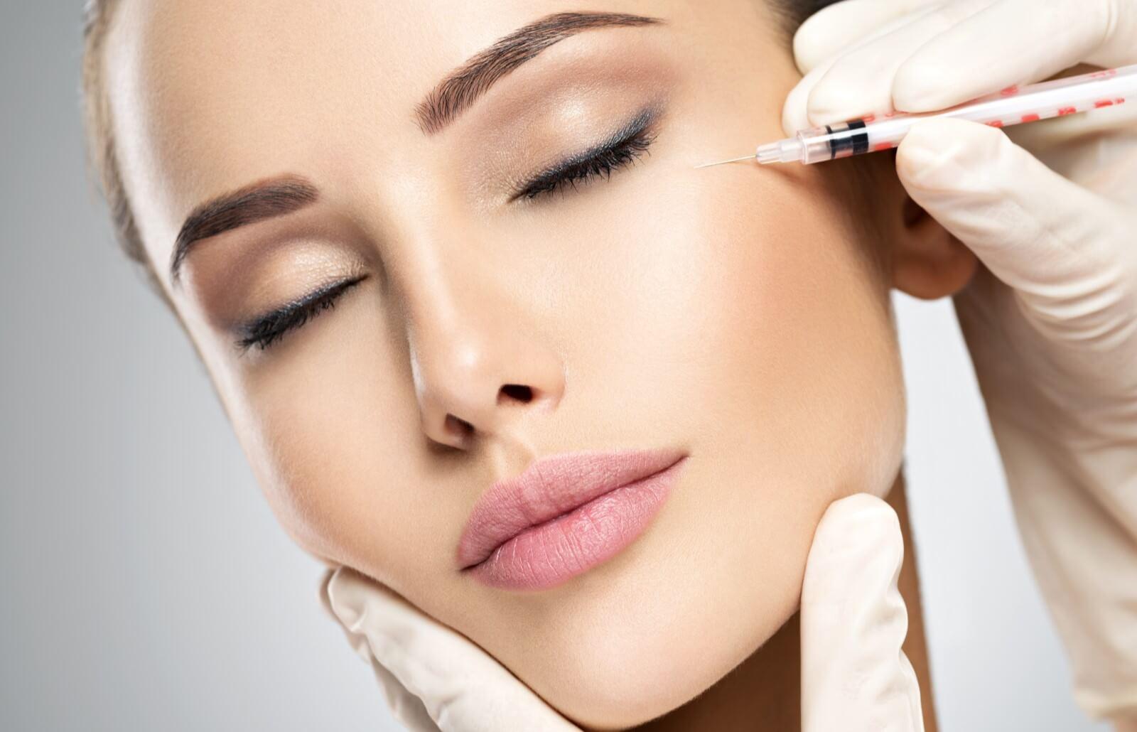Ways to Rejuvenate the Skin Around Your Eyes