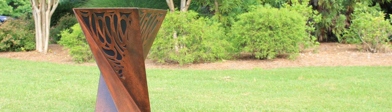 Metal Art Planter