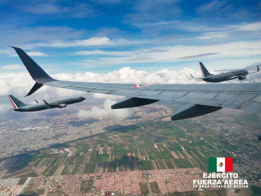 """Las """"Orcas"""" del Escuadrón Aéreo 502 vuelan sobre CDMX"""