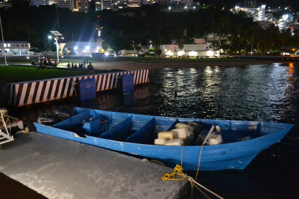 Asegura la SEMAR cargamento de 728 kilos de cocaína en Acapulco 8