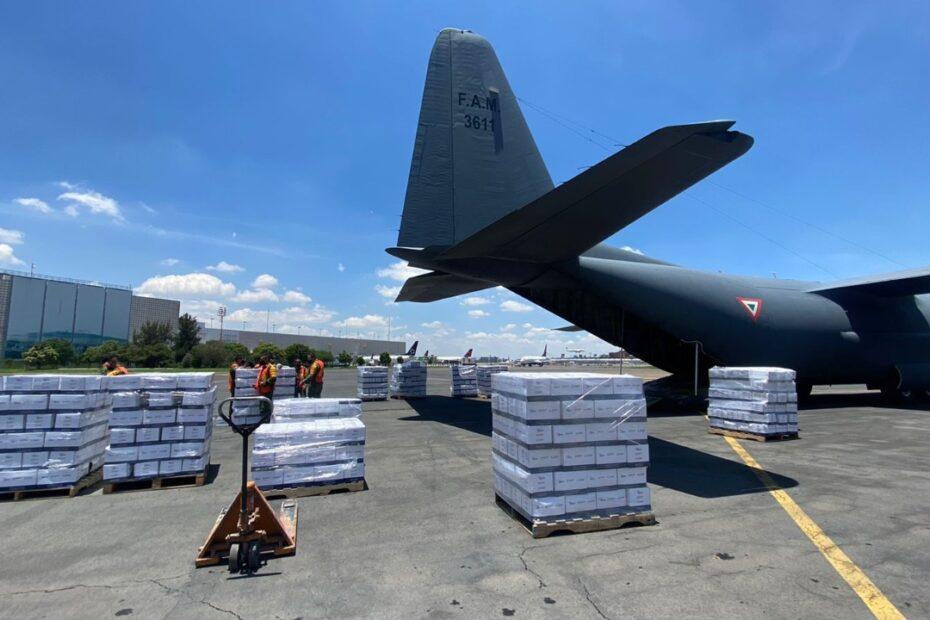 Puente aéreo y naval de SEDENA y SEMAR para llevar ayuda humanitaria a Haití