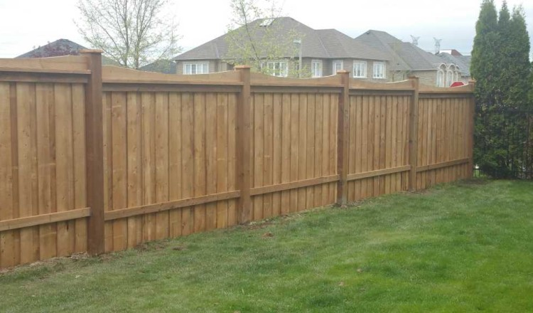 residential fence-wooden style