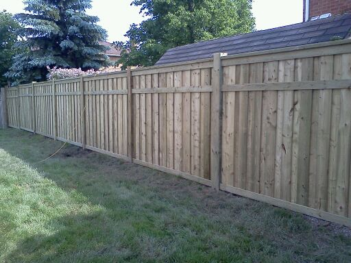 wood fencing_residential