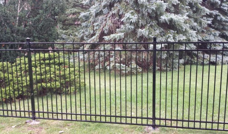 residential chain link fence in toronto