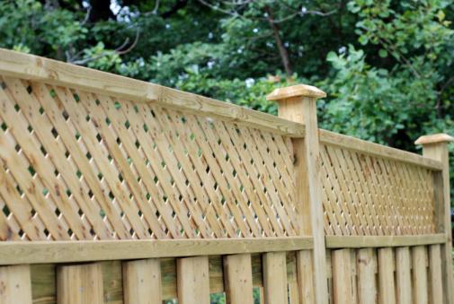 Private Lattice fence