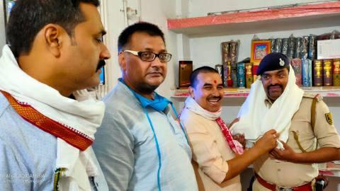Honoring-BJP-leaders.jpg