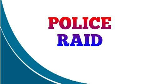 गांजा तस्करी में रोहतास में गिरफ्तार धंधेबाज के घर पुलिस का छापा