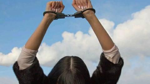 आरा में शराब के साथ महिला तस्कर सहित चार गिरफ्तार
